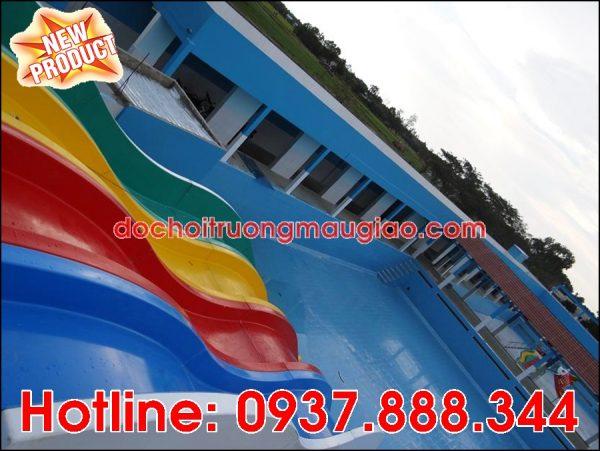 Máng trượt hồ bơi đẹp giá rẻ chất lượng cho công viên nước tại HCM