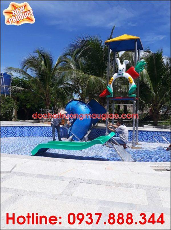 Hình ảnh cầu trượt hồ bơi đẹp và bắt mắt tại HCM