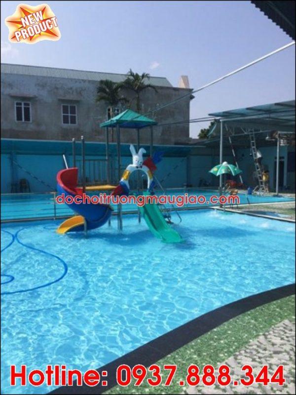Hình ảnh cầu trượt hồ bơi giá rẻ, uy tín dành cho hồ bơi tại HCM