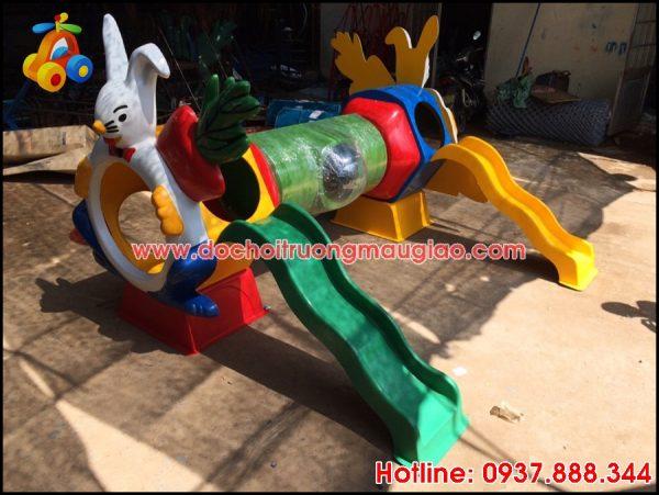 Cầu trượt sản xuất tại xưởng đồ chơi mầm non Vân Anh