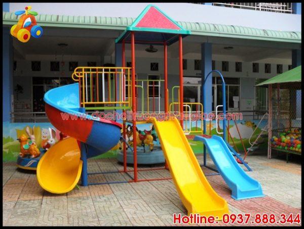 Hệ thống cầu tuột trẻ em với nhiều màu sắc và chất lượng tốt với giá rẻ tại HCM