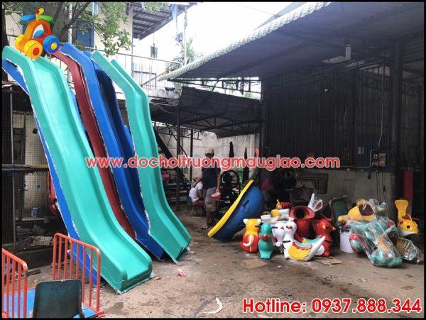 Xưởng đồ chơi mầm non Vân Anh sản xuất cầu trượt uy tín tại HCM