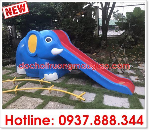 Cầu trượt hình dáng voi con dễ thương, ngộ nghĩnh được sản xuất tại công ty sản xuất đồ chơi mầm non Vân Anh, Củ Chi, TpHCM
