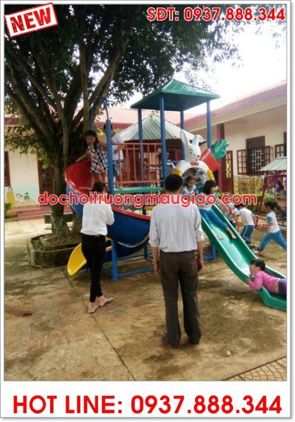 Cầu trượt và đồ chơi trường mẫu giáo được sản xuất bởi cty Vân Anh