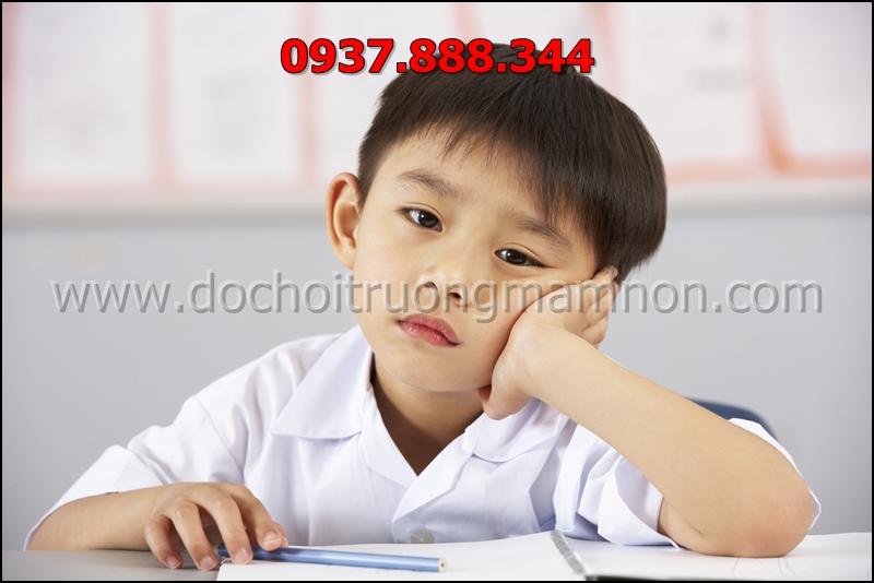 Trẻ mệt mỏi uể oải