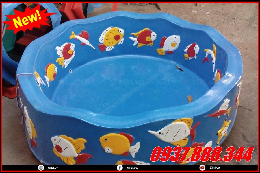 Sử dụng kết hợp bể cát nước mầm non với nhiều trò chơi khác nhau