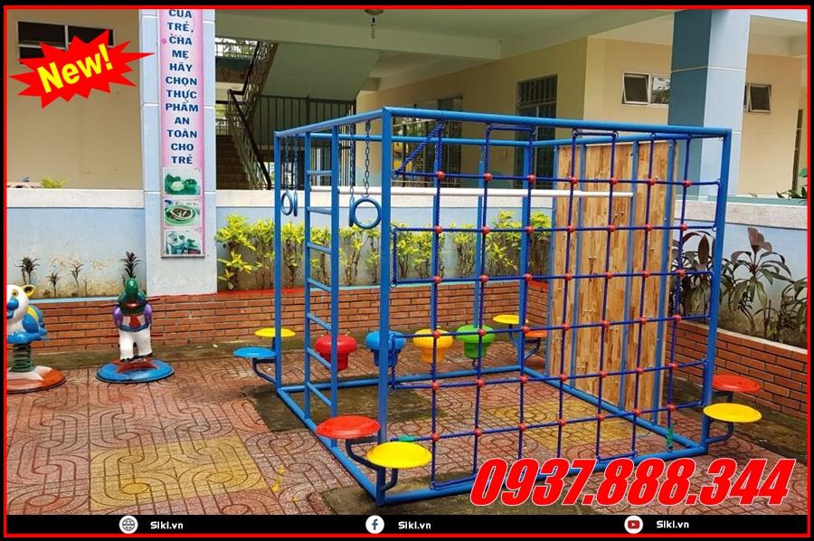 Trẻ em khoảng độ tuổi bao nhiêu có thể dùng được sản phẩm thang leo mầm non?